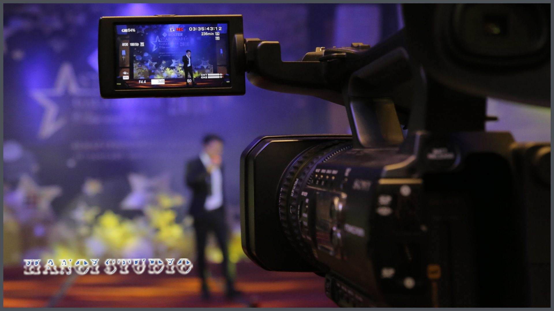 quay phim chụp ảnh sự kiện